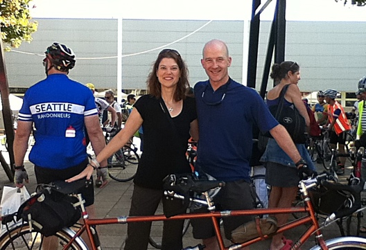 Felkerino and me at PBP 2011 - Bike Inspection