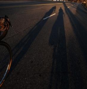 Commute shadows