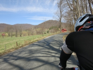 The delicious Etlan Road is just past this red barn, and so is a steep climb.