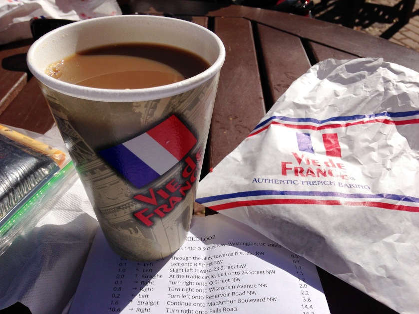 MrTinDC coffeeneuring at Vie de France