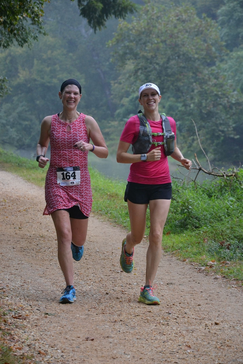 Running with Robin at the halfway point. Photo credit: Tony Estrada Photography