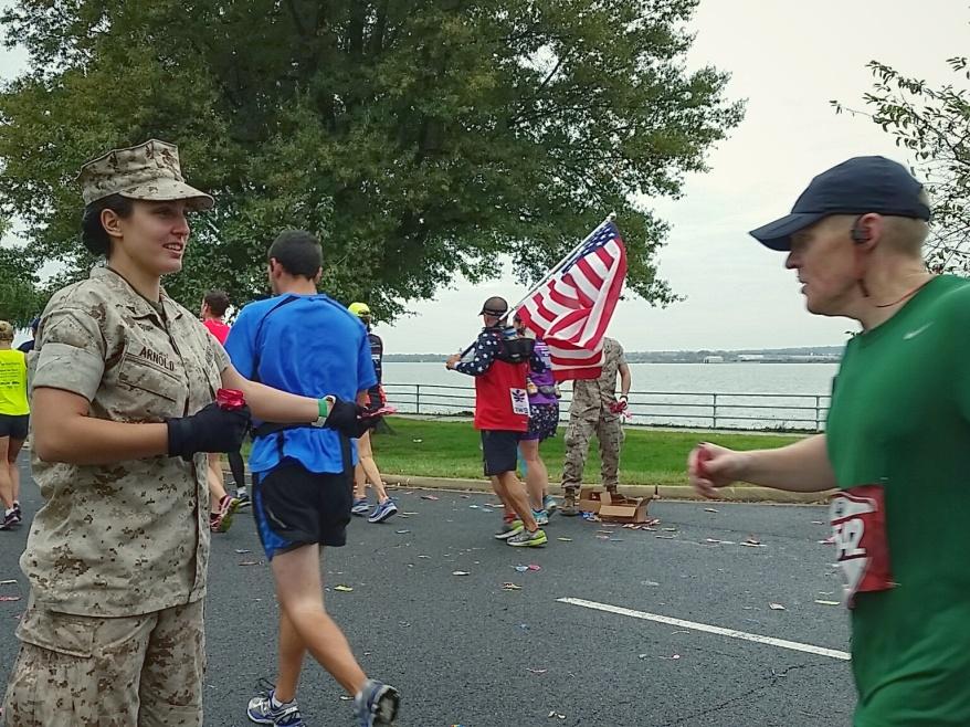 marine-corps-marathon-2015_22302949278_o