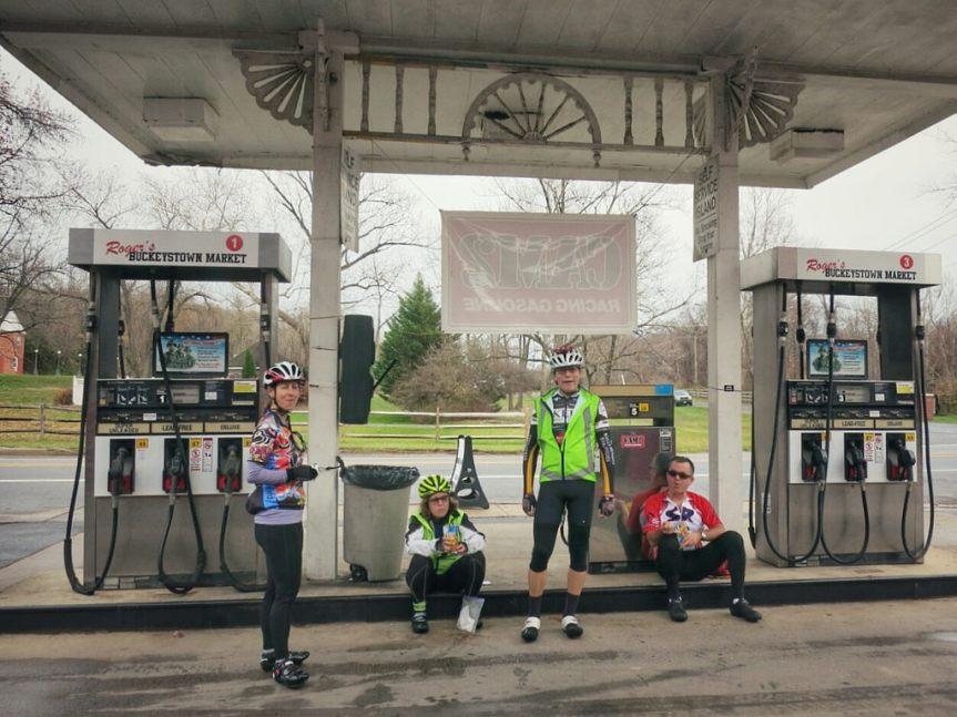 Team Photo Horsing Around Sugarloaf 200K